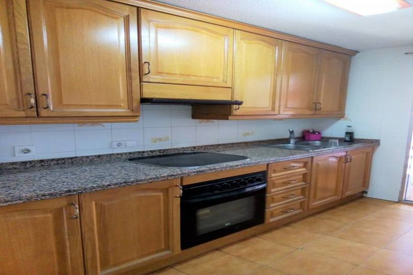 Alicante,Alicante,España,4 Bedrooms Bedrooms,2 BathroomsBathrooms,Pisos,13927