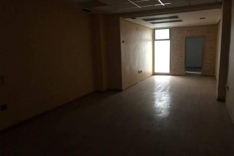 Alicante,Alicante,España,3 Bedrooms Bedrooms,1 BañoBathrooms,Pisos,13930