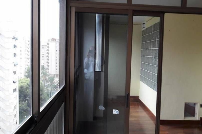 Alicante,Alicante,España,4 Bedrooms Bedrooms,2 BathroomsBathrooms,Pisos,13932