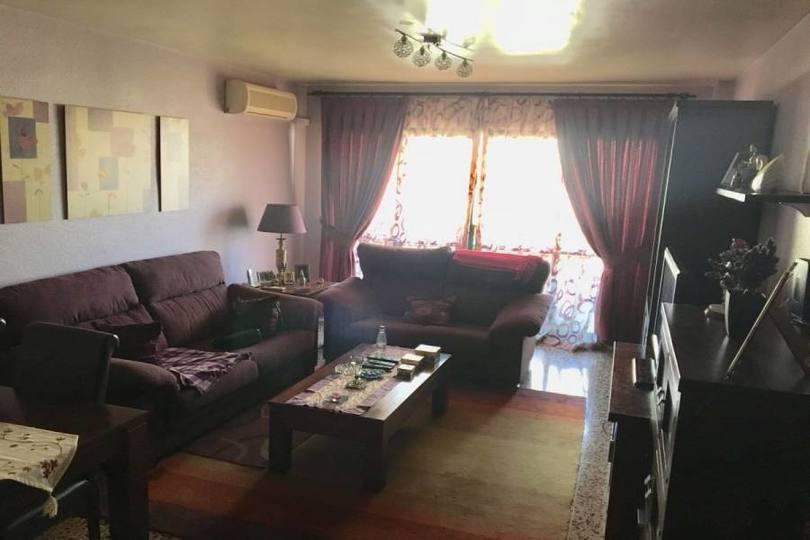 Alicante,Alicante,España,4 Bedrooms Bedrooms,2 BathroomsBathrooms,Pisos,13938