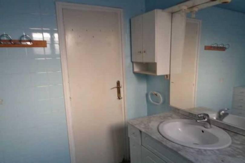 Alicante,Alicante,España,4 Bedrooms Bedrooms,2 BathroomsBathrooms,Pisos,13945