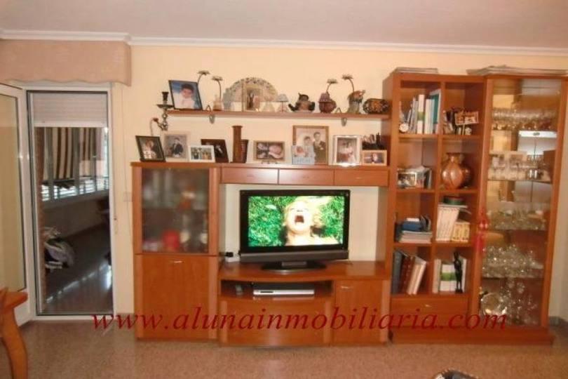 San Vicente del Raspeig,Alicante,España,3 Bedrooms Bedrooms,2 BathroomsBathrooms,Pisos,13957