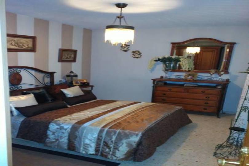 San Vicente del Raspeig,Alicante,España,3 Bedrooms Bedrooms,2 BathroomsBathrooms,Pisos,13963