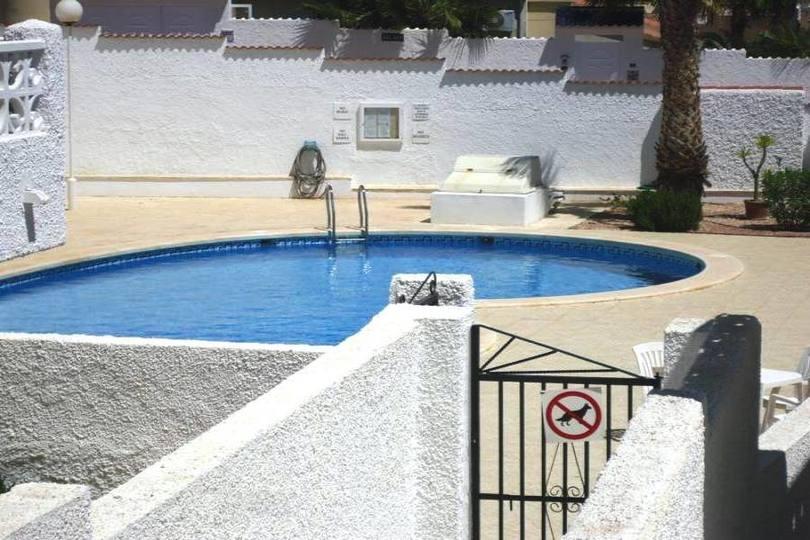 Ciudad Quesada,Alicante,España,2 Habitaciones Habitaciones,2 BañosBaños,Fincas-Villas,2163