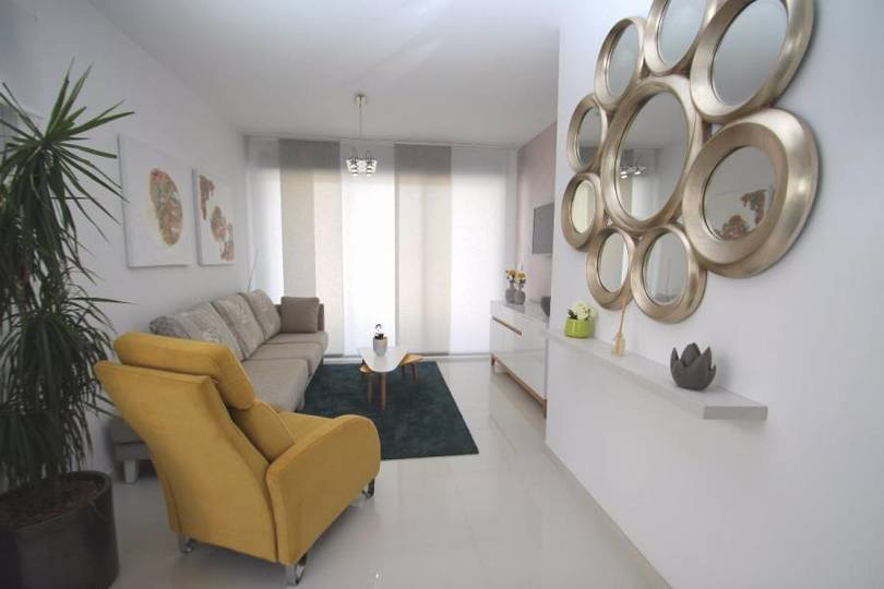 Torrevieja,Alicante,España,2 Bedrooms Bedrooms,2 BathroomsBathrooms,Pisos,14180