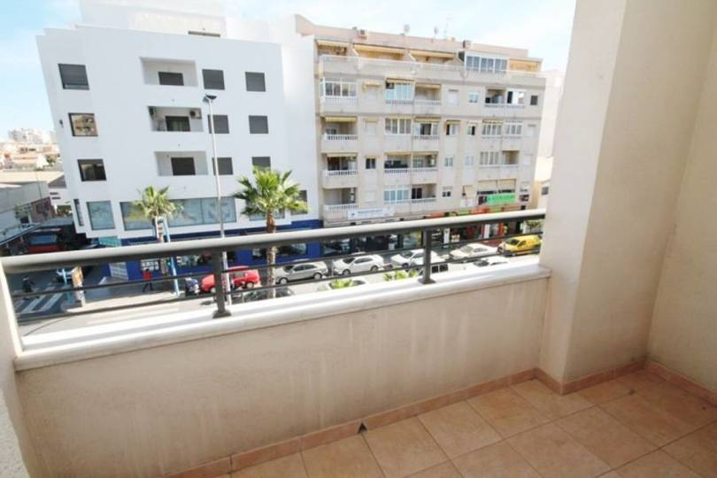 Torrevieja,Alicante,España,5 Bedrooms Bedrooms,3 BathroomsBathrooms,Pisos,14183