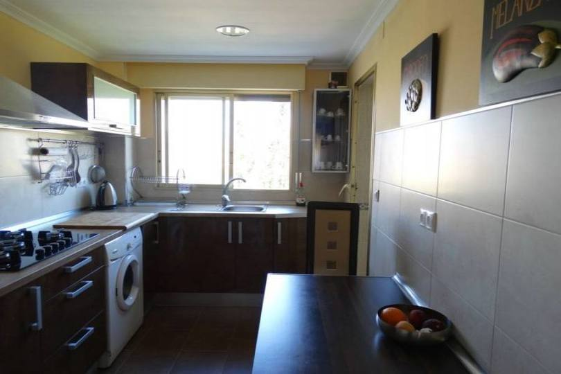 Alicante,Alicante,España,3 Bedrooms Bedrooms,2 BathroomsBathrooms,Pisos,14208
