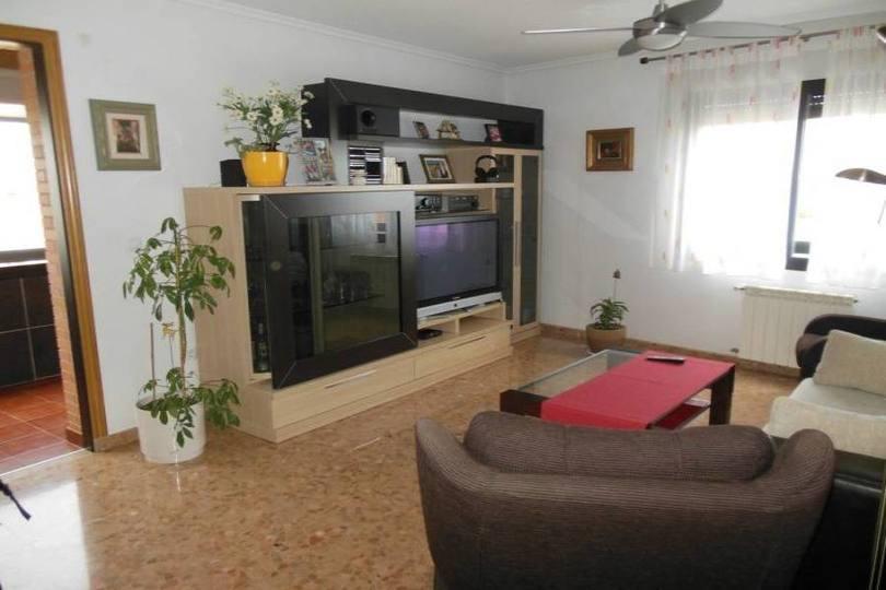 Alicante,Alicante,España,3 Bedrooms Bedrooms,2 BathroomsBathrooms,Pisos,14210