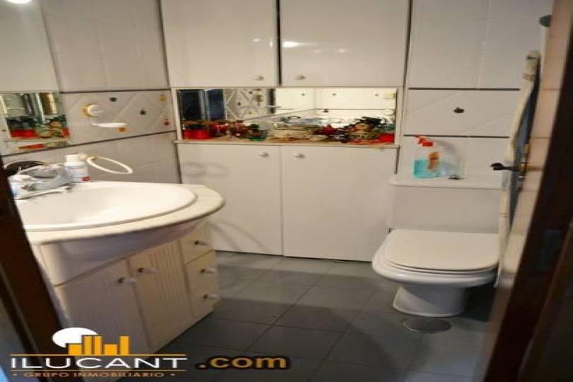 Alicante,Alicante,España,3 Bedrooms Bedrooms,2 BathroomsBathrooms,Pisos,14222