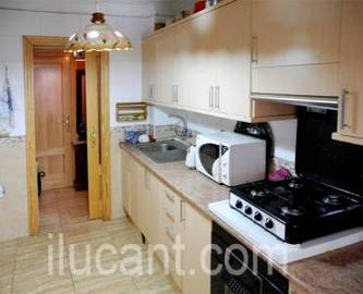 Alicante,Alicante,España,3 Bedrooms Bedrooms,1 BañoBathrooms,Pisos,14225