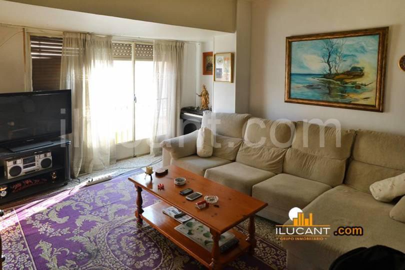 Alicante,Alicante,España,4 Bedrooms Bedrooms,2 BathroomsBathrooms,Pisos,14226