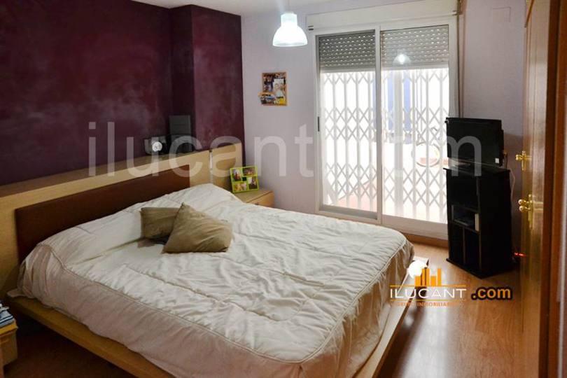 Alicante,Alicante,España,2 Bedrooms Bedrooms,1 BañoBathrooms,Pisos,14227