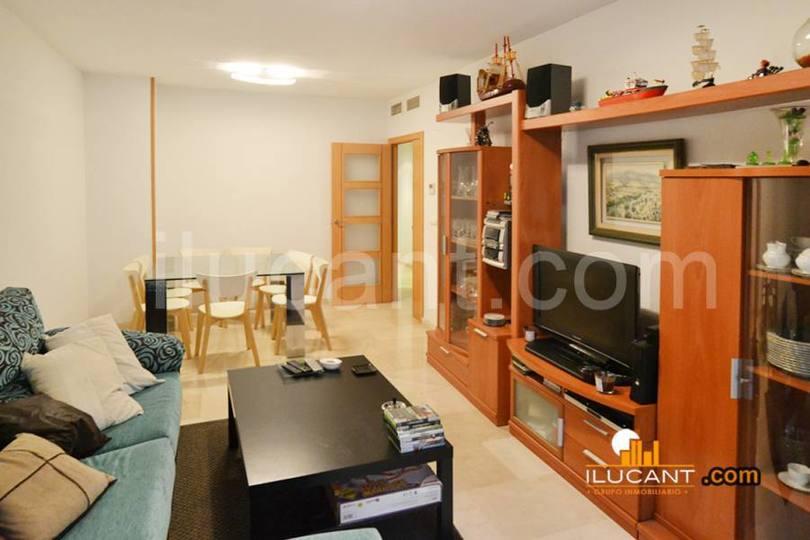 Alicante,Alicante,España,3 Bedrooms Bedrooms,2 BathroomsBathrooms,Pisos,14228