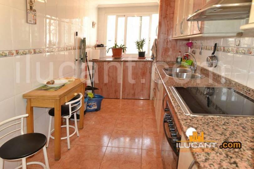 Alicante,Alicante,España,2 Bedrooms Bedrooms,2 BathroomsBathrooms,Pisos,14243