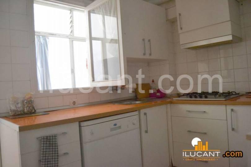 Alicante,Alicante,España,3 Bedrooms Bedrooms,1 BañoBathrooms,Pisos,14248