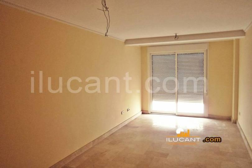 Alicante,Alicante,España,3 Bedrooms Bedrooms,2 BathroomsBathrooms,Pisos,14257