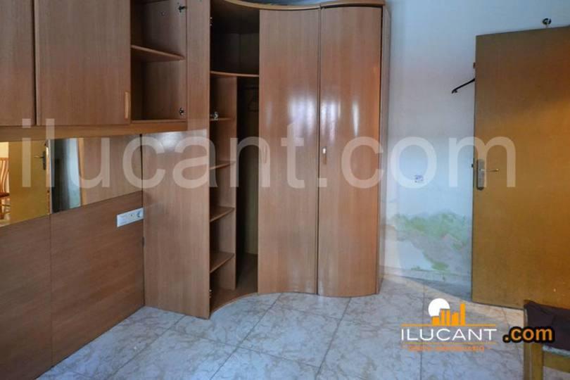 Alicante,Alicante,España,2 Bedrooms Bedrooms,1 BañoBathrooms,Pisos,14262
