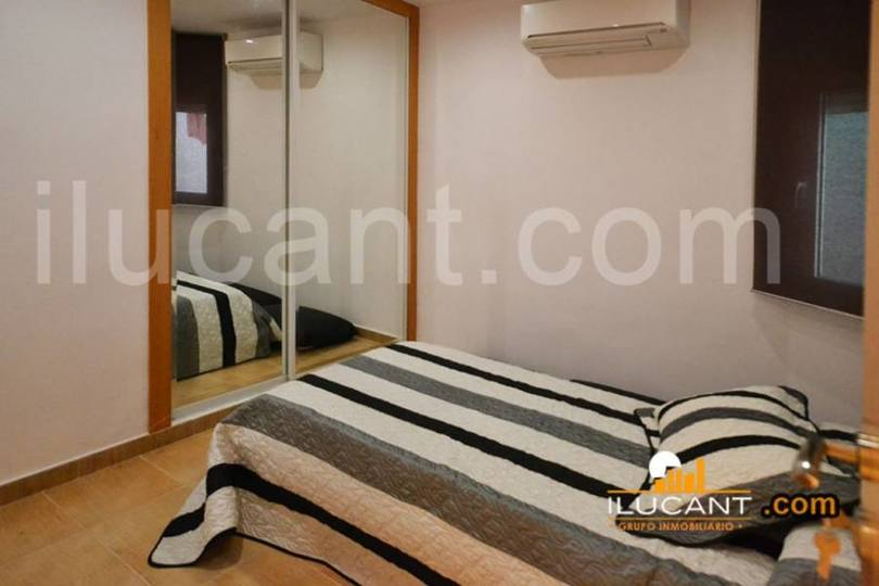 Alicante,Alicante,España,4 Bedrooms Bedrooms,2 BathroomsBathrooms,Pisos,14268