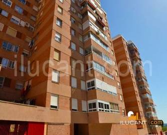 Alicante,Alicante,España,4 Bedrooms Bedrooms,1 BañoBathrooms,Pisos,14277