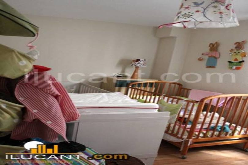 Alicante,Alicante,España,3 Bedrooms Bedrooms,2 BathroomsBathrooms,Pisos,14282