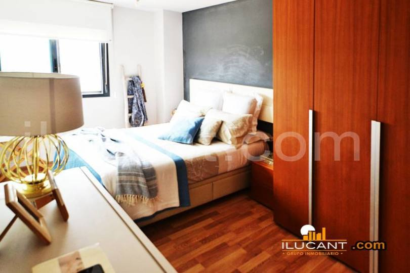 Alicante,Alicante,España,3 Bedrooms Bedrooms,2 BathroomsBathrooms,Pisos,14288