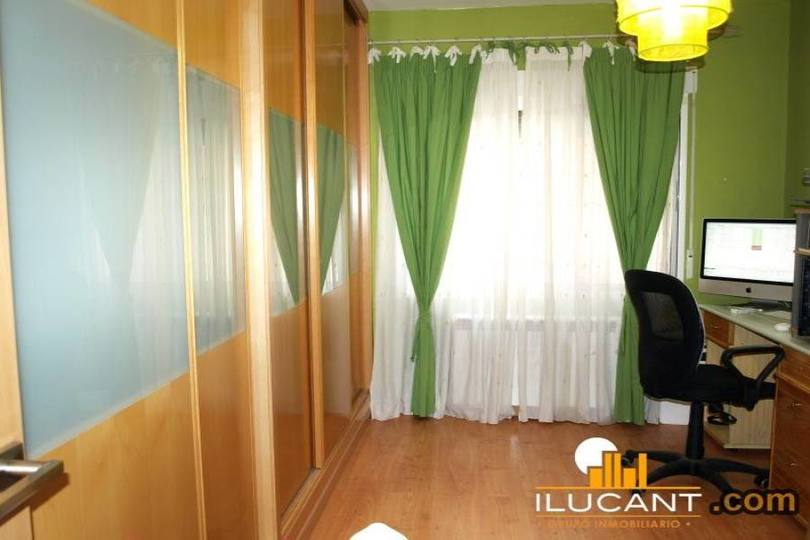 Alicante,Alicante,España,3 Bedrooms Bedrooms,2 BathroomsBathrooms,Pisos,14297