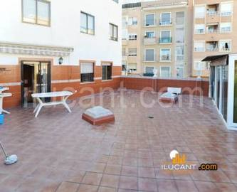 Alicante,Alicante,España,4 Bedrooms Bedrooms,2 BathroomsBathrooms,Pisos,14304