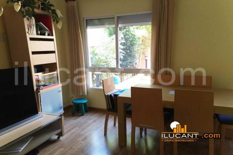 Alicante,Alicante,España,3 Bedrooms Bedrooms,3 BathroomsBathrooms,Pisos,14308