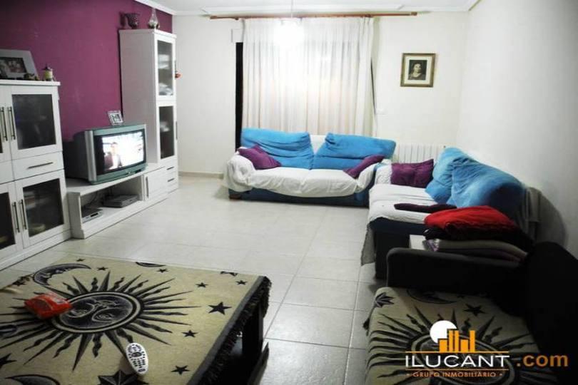 San Vicente del Raspeig,Alicante,España,3 Bedrooms Bedrooms,2 BathroomsBathrooms,Pisos,14311