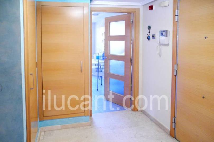 Alicante,Alicante,España,3 Bedrooms Bedrooms,2 BathroomsBathrooms,Pisos,14317
