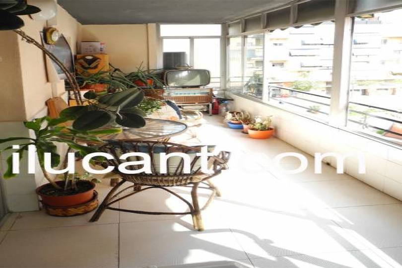 Alicante,Alicante,España,4 Bedrooms Bedrooms,2 BathroomsBathrooms,Pisos,14320