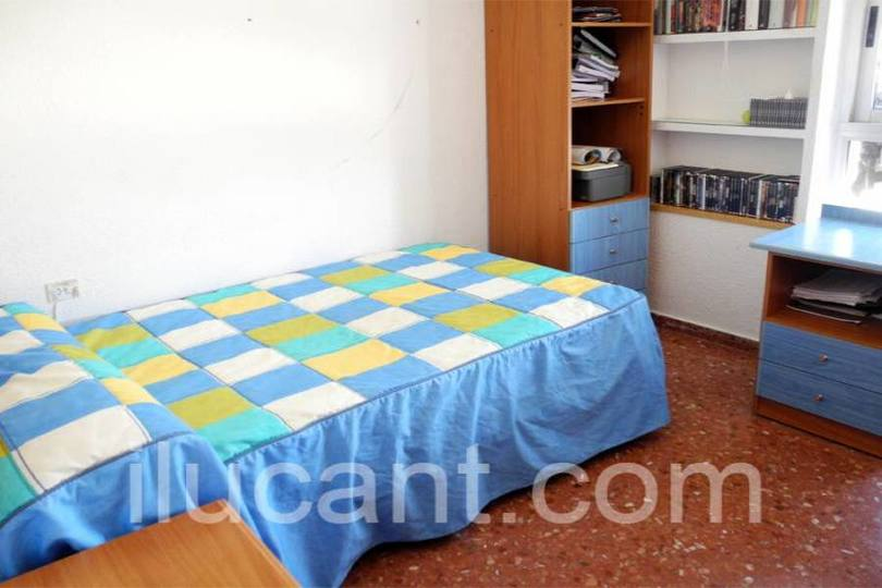 Alicante,Alicante,España,3 Bedrooms Bedrooms,2 BathroomsBathrooms,Pisos,14321