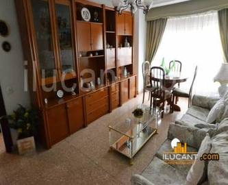 Alicante,Alicante,España,3 Bedrooms Bedrooms,1 BañoBathrooms,Pisos,14323