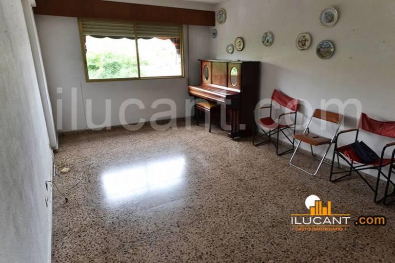 Alicante,Alicante,España,3 Bedrooms Bedrooms,2 BathroomsBathrooms,Pisos,14325