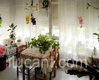 Alicante,Alicante,España,3 Bedrooms Bedrooms,1 BañoBathrooms,Pisos,14337