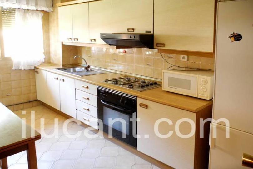 Alicante,Alicante,España,3 Bedrooms Bedrooms,1 BañoBathrooms,Pisos,14344