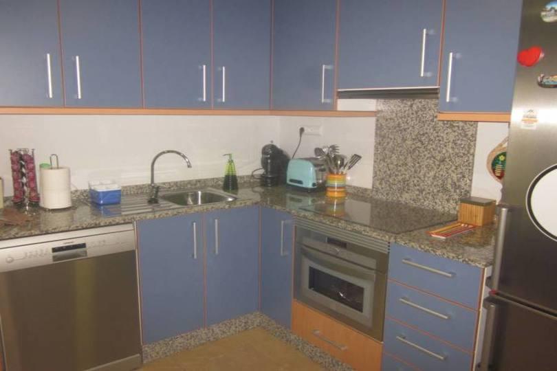 Alicante,Alicante,España,3 Bedrooms Bedrooms,2 BathroomsBathrooms,Pisos,14353