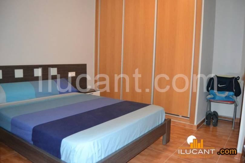 Alicante,Alicante,España,2 Bedrooms Bedrooms,1 BañoBathrooms,Pisos,14354