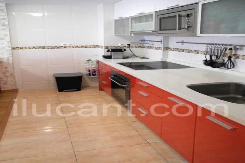 Alicante,Alicante,España,2 Bedrooms Bedrooms,2 BathroomsBathrooms,Pisos,14355