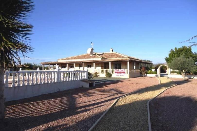 Orihuela,Alicante,España,3 Habitaciones Habitaciones,3 BañosBaños,Fincas-Villas,2182