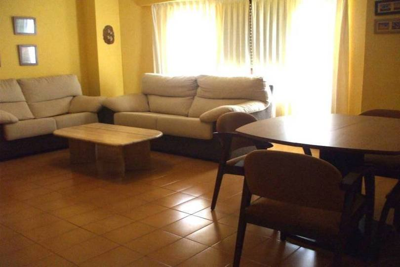 Alicante,Alicante,España,3 Bedrooms Bedrooms,1 BañoBathrooms,Pisos,14377