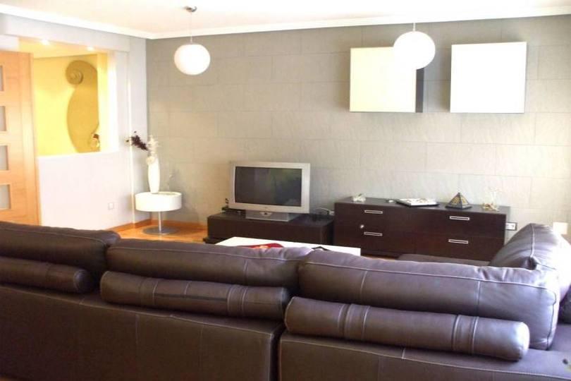 Alicante,Alicante,España,3 Bedrooms Bedrooms,2 BathroomsBathrooms,Pisos,14381
