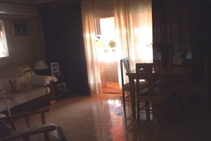 Alicante,Alicante,España,3 Bedrooms Bedrooms,1 BañoBathrooms,Pisos,14384