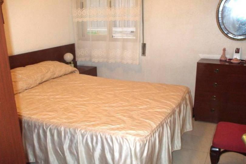 Alicante,Alicante,España,3 Bedrooms Bedrooms,1 BañoBathrooms,Pisos,14393