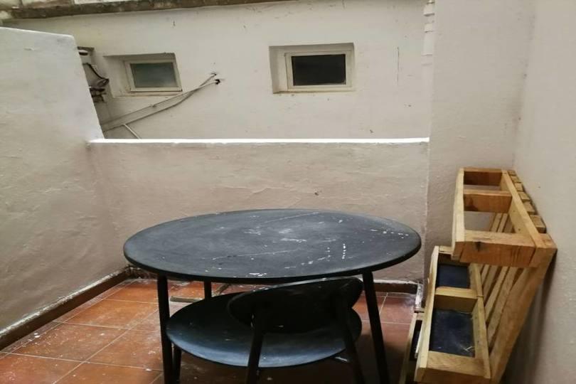 Alicante,Alicante,España,4 Bedrooms Bedrooms,1 BañoBathrooms,Pisos,14403