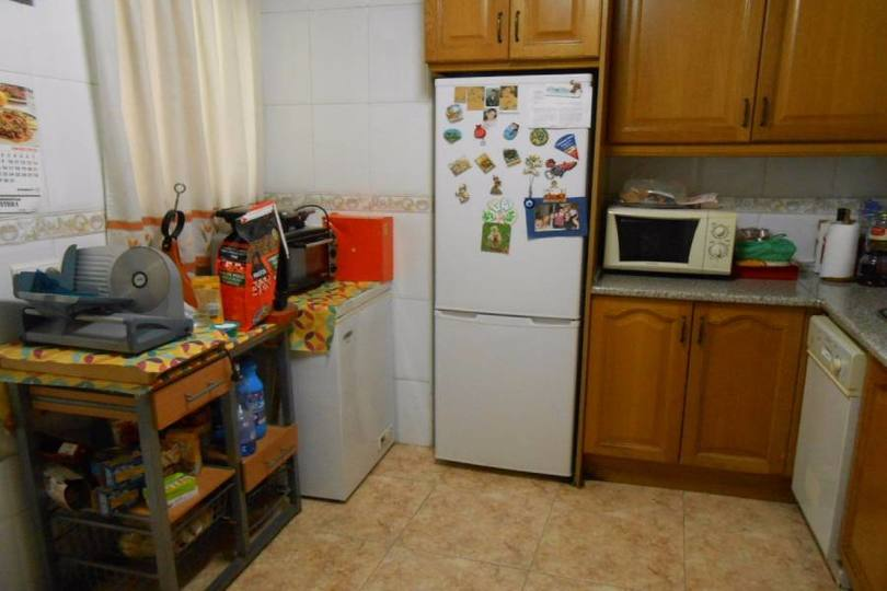 Alicante,Alicante,España,3 Bedrooms Bedrooms,1 BañoBathrooms,Pisos,14406