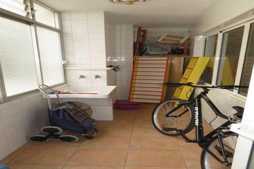 Alicante,Alicante,España,2 Bedrooms Bedrooms,1 BañoBathrooms,Pisos,14407