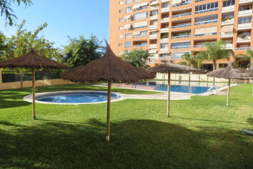 Alicante,Alicante,España,3 Bedrooms Bedrooms,2 BathroomsBathrooms,Pisos,14410