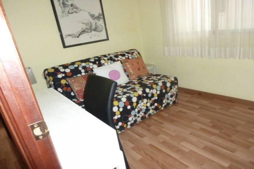 Alicante,Alicante,España,3 Bedrooms Bedrooms,2 BathroomsBathrooms,Pisos,14421