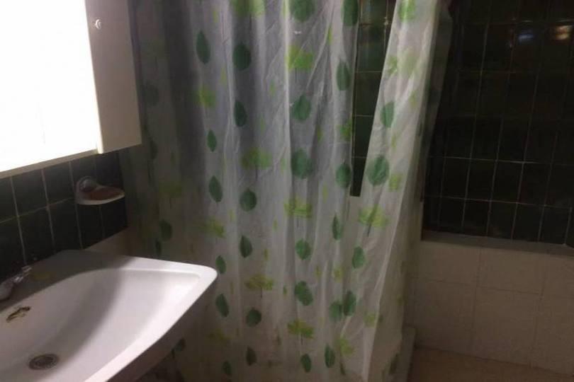 Alicante,Alicante,España,4 Bedrooms Bedrooms,2 BathroomsBathrooms,Pisos,14427